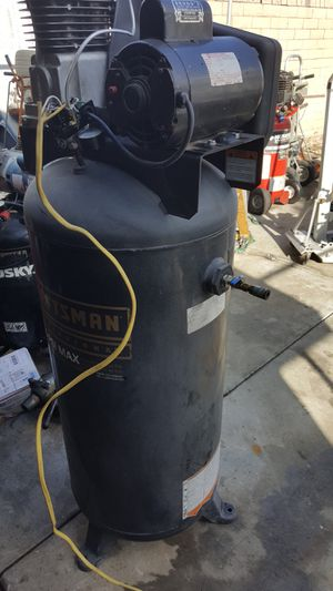 Air COMPRESSOR COMMERCIAL 5HP for Sale in Buena Park, CA