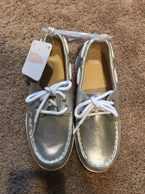 Gymboree girls silver gray boat shoe sneakers NEW for Sale in Aldie, VA