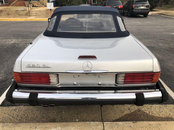 1989 Mercedes Benz 560SL hard top convertible good condition 170,000 miles