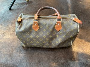 Classic Louis Vuitton Hand Bag for Sale in Kirkland, WA