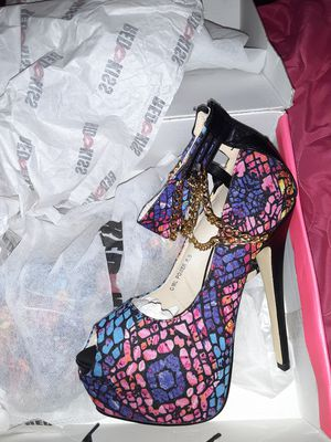 Red kiss snake pink heels for Sale in Jacksonville, FL