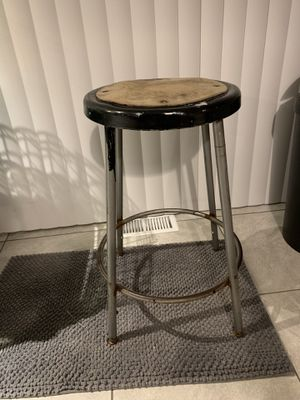 Cute stool for Sale in Traverse City, MI