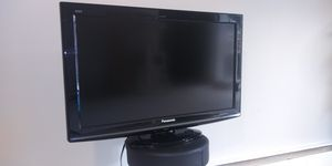 """Panasonic 32"""" 1080p LCD HDTV for Sale in Chester, PA"""