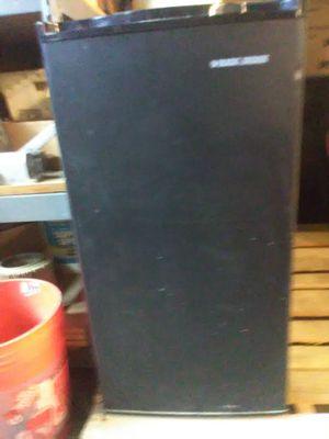 Small fridge for Sale in Chicago, IL