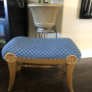 Retro Small Chair For Small Apartment for Sale in Henderson, NV