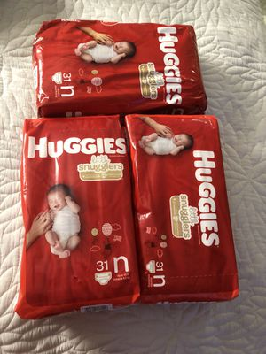 Newborn diapers for Sale in Vernon, CA