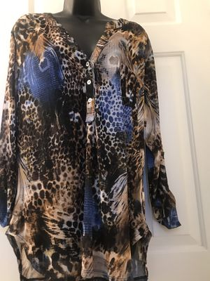 Sheer into the wild animal print tunic size 3X for Sale in Newark, CA
