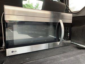 LG Over the Range Microwave for Sale in Leesburg, VA