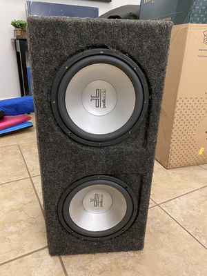 "Polk Audio Dual 10"" Subs in carpeted box for Sale in Austin, TX"