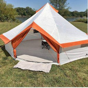 8 Person Large Tent, Camping, Backpacking, Family Outings, Events, Picnics. New for Sale in Los Angeles, CA