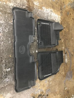 Toyota Highlander Set Of All Weather Floor Mats for Sale in Bowie, MD