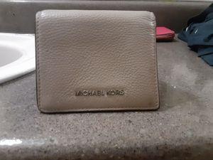 Michael Kors wallet for Sale in Garden Grove, CA