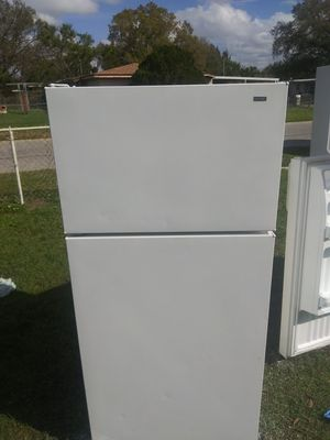 Hotpoint refrigerator for Sale in Tampa, FL