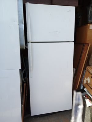 Whirlpool refrigerator for Sale in West Valley City, UT