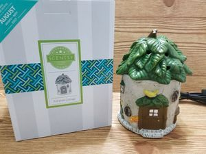 Scentsy cottage warmer for Sale in Bunker Hill, WV