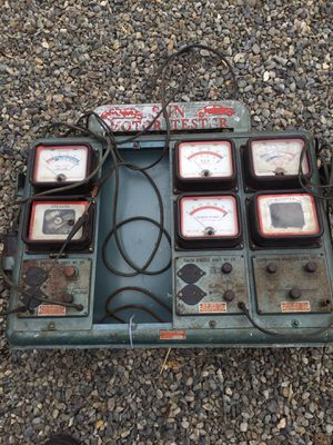 Vintage Sun Motor Tester for Parts for Sale in Puyallup, WA