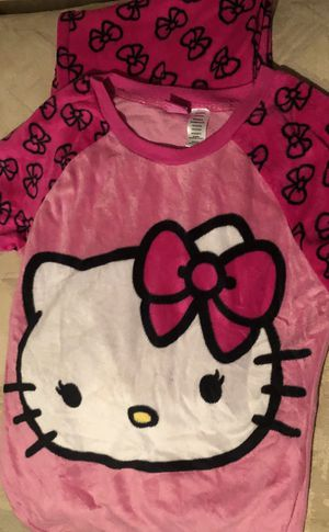 Snuggly Hello Kitty PJ Set - Size Medium Teen for Sale in Ellenwood, GA