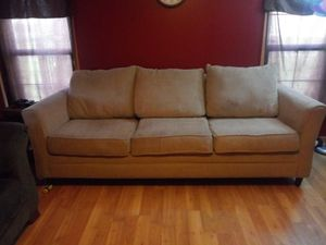Couch for Sale in Maize, KS