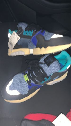 Adidas Runners 10 1/2 for Sale in Forestville, MD