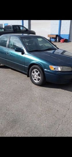 1998 Toyota Camry for Sale in Houston,  TX