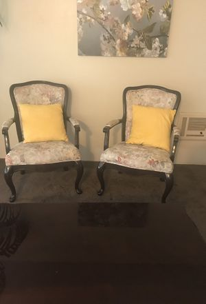 Beautiful Queen Ann chairs for Sale in San Diego, CA