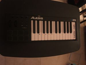 USB keyboard piano for Sale in Pinecrest, FL