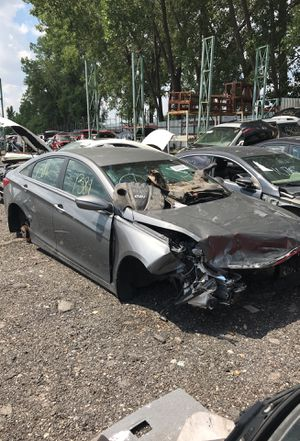Selling parts for a gray 2013 Hyundai Sonata STK#1381 for Sale in Detroit, MI