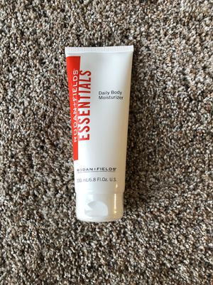 Rodan and Fields Essentials Lotion NEW for Sale in Watertown, MN