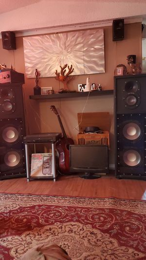 Pro studio speakers for Sale in Monroe, LA