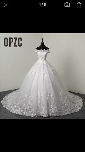 Wedding Dress, white gown, US size 10 for Sale in Mableton, GA