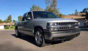 2001 Chevy Silverado excellent condition for Sale in Boston, MA