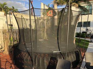 Vuly trampoline for Sale in Hialeah, FL