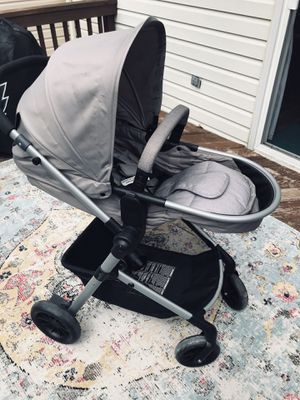 Evenflo Pivot travel system for Sale in Odenton, MD