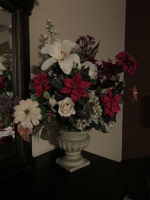 Flower 🌺 arrangement for Sale in Victorville, CA