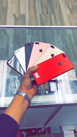 Unlocked Apple iPhone 7 Plus, 32gb, Excellent condition, Free charger for Sale in Arlington, TX