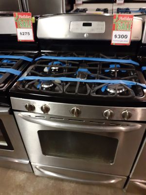 GE 5 Burnes gas stove stainless steel in excellent conditions with 4 months warranty for Sale in Baltimore, MD