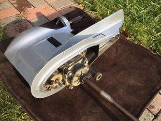 """2013 Honda 75/90 HP. Outboard Lower Unit 25""""Shaft. For Parts for Sale in Milwaukie,  OR"""