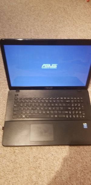 Asus 17 inch x series laptop for Sale in Ferndale, WA