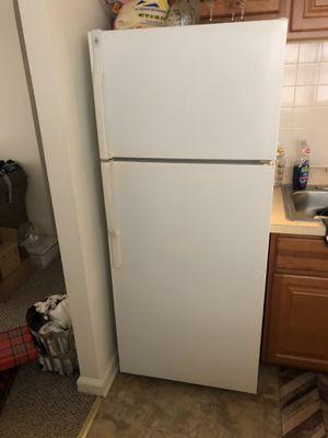 GE Refrigerator for Sale in Philadelphia, PA