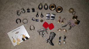 Jewelry accessories for Sale in Virginia Beach, VA