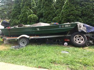 12ft Tracker Jon boat- trailer- 5hp gas engine- minn Kota electric trolling motor + more for Sale in Strongsville, OH
