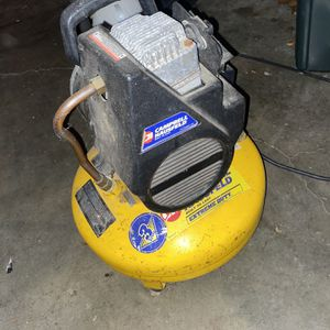 Campbell Hausfeld 6 Gal Air Compressor for Sale in Pittsburgh, PA
