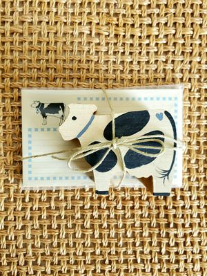 Cow Recipe Holder with Matching Recipe Cards for Sale in Kaukauna, WI