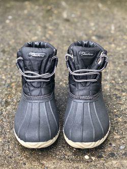 Women's Duck Boots Skechers for Sale in Happy Valley,  OR
