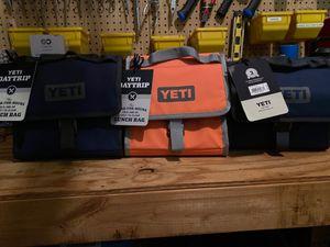 Yeti lunch box read description for Sale in Charlotte, NC