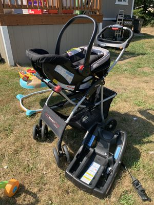 Stroller, car seat and base for Sale in Tulalip, WA