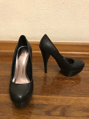 Black classic high heels for Sale in Glendale, CA
