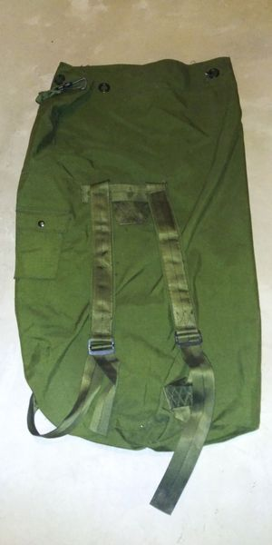 Vintage U.S. Army Duffle Bag with Shoulder Straps for Sale in Joliet, IL
