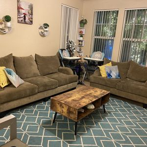 Set of Couch for Sale in Las Vegas, NV