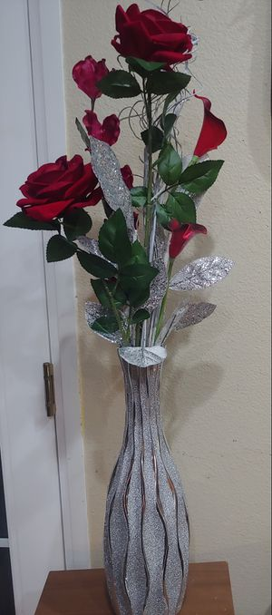 🌹 ROSES & GLITTER FLOWER DECOR for Sale in Riverside, CA